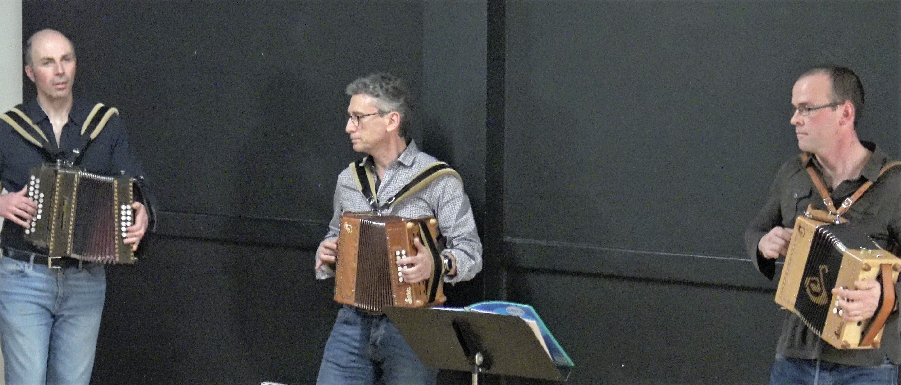 Filaj du Man anime le cours de danses bretonnes de La Rassemblée @ La Métairie de Pacé